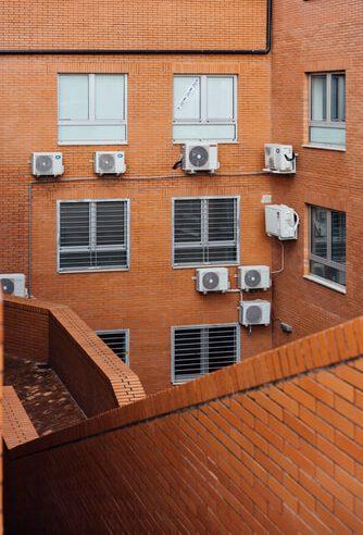 Kaip įsirengti oro kondicionierių namuose?
